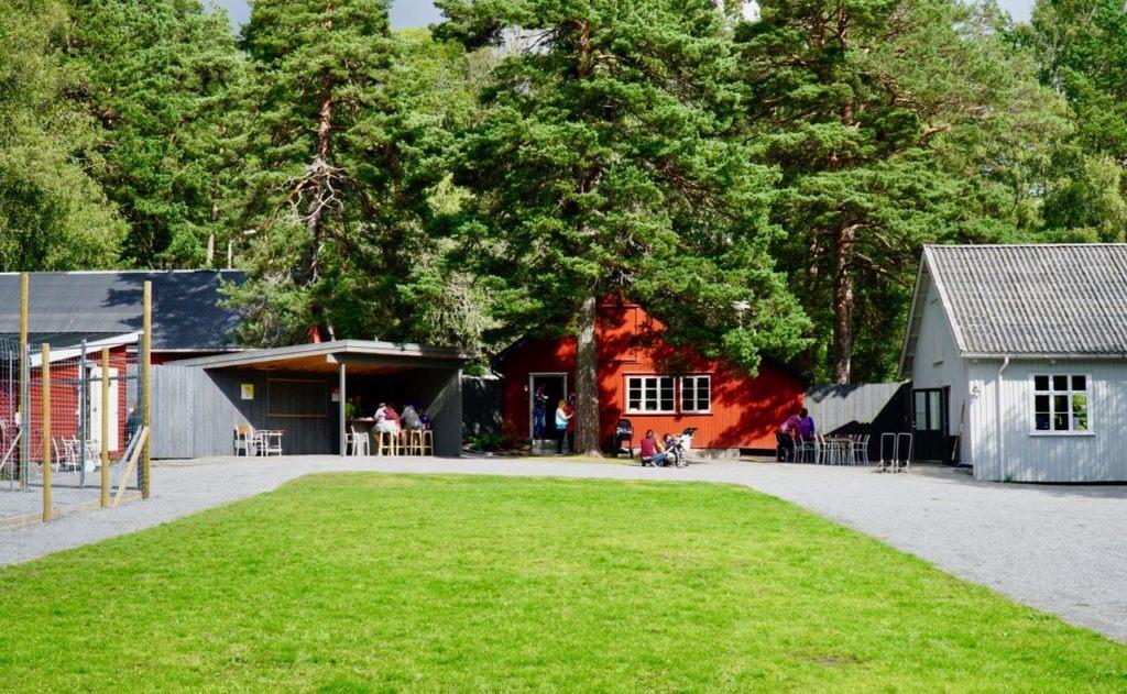 Elgtun garden forest park review