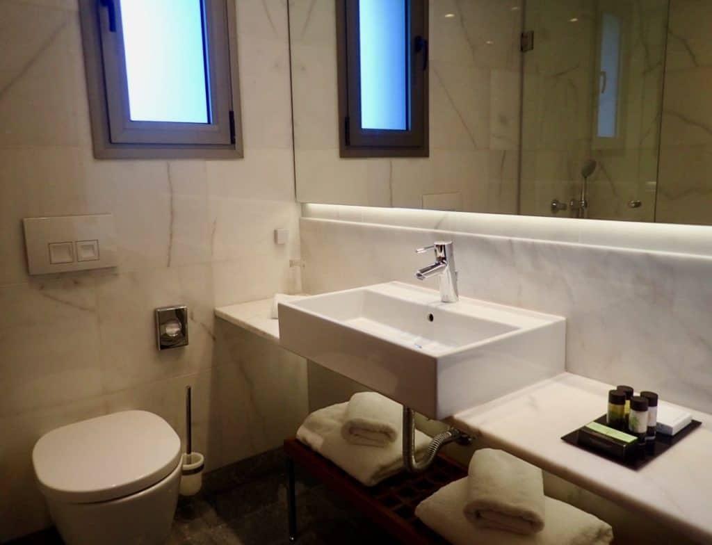 Samaria Hotel Chania bathroom review