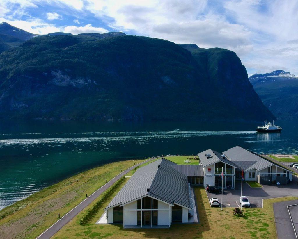 Valldal Fjordhotell fjord review