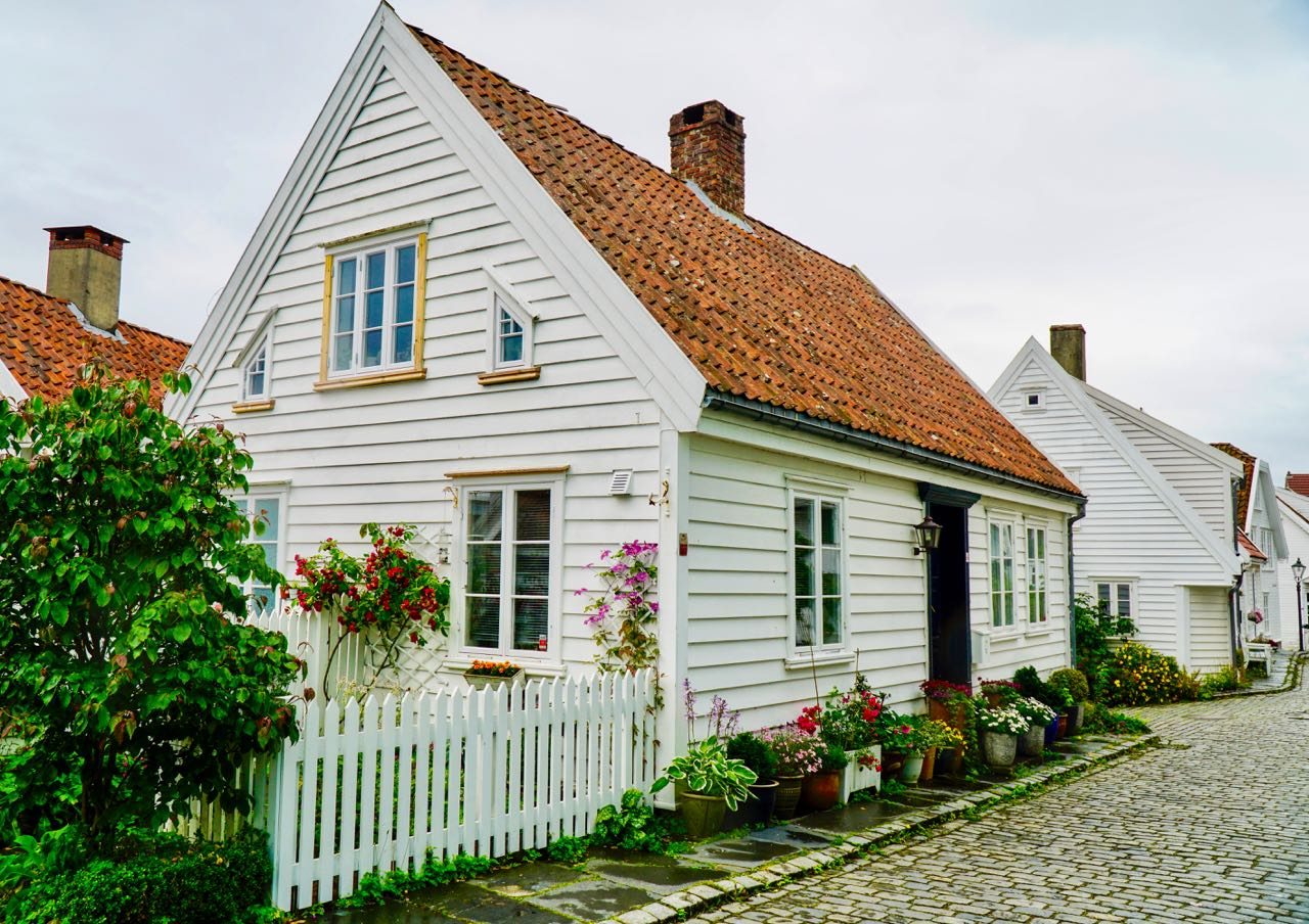 Road trip Norway Stavanger old town house