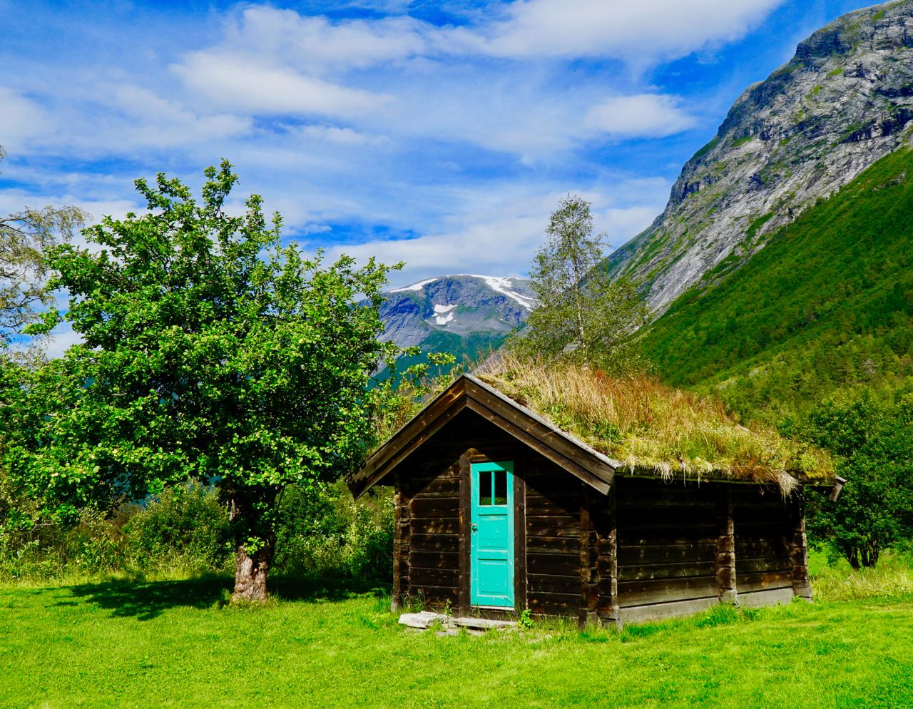 Road trip Norway Cabin Mountain complete itinerary