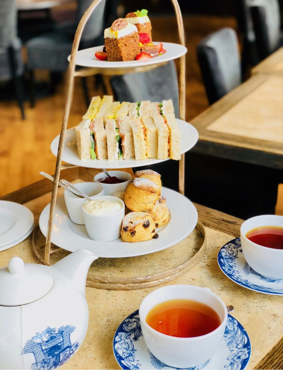 Best Afternoon Tea in Oslo Grand Hotel review