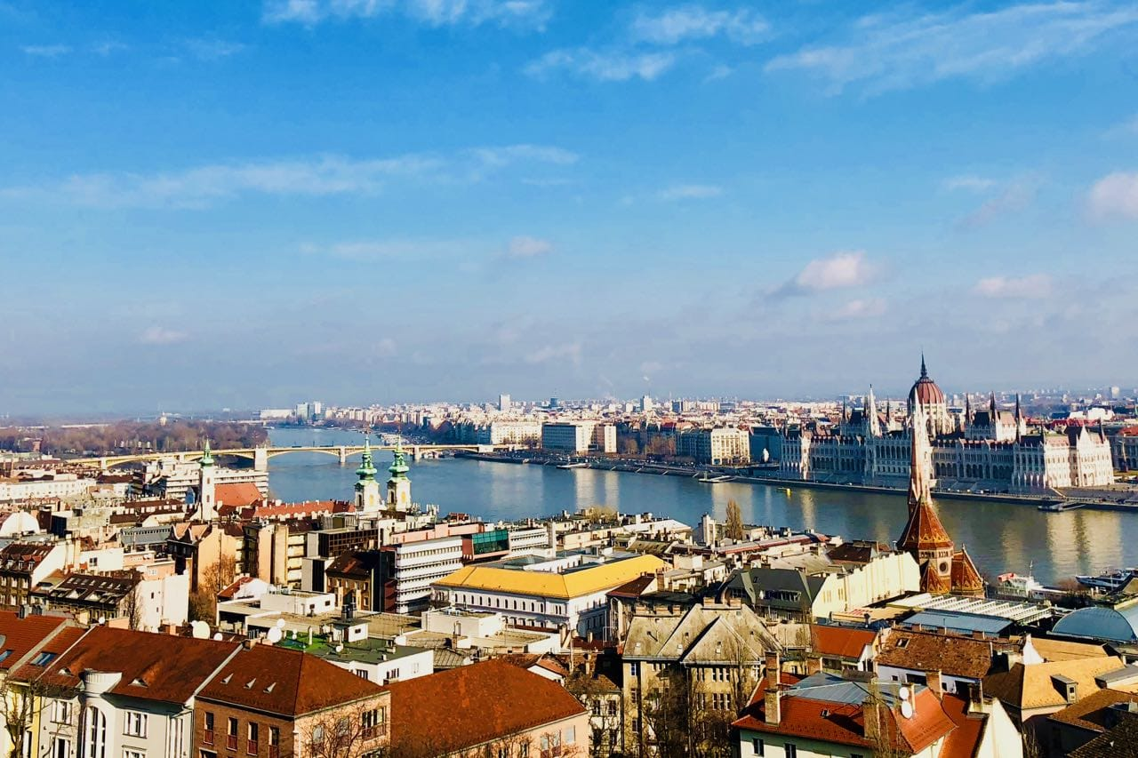 7 Travel Tips for Budapest and 11 Reasons to Stay at Hotel Moments Budapest