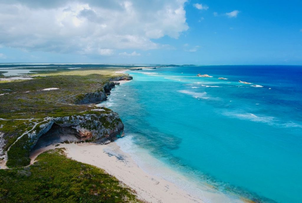 All you need to know day trip north middle caicos Mudjin Harbour
