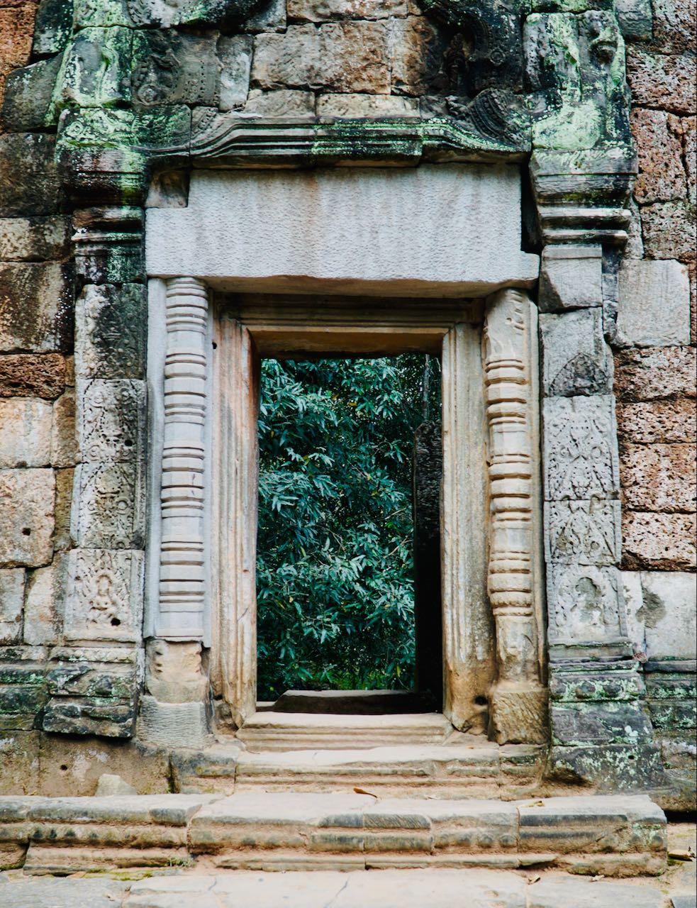Ta Promh Temple doors Angkor Kambodsja Siem Reap review