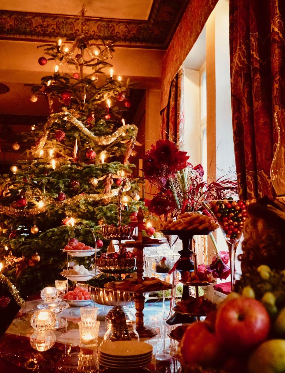 Thorskogs slott castle Christmas tree review