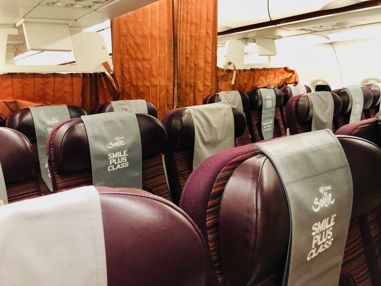 Review Thai Smile Airways Plus cabin