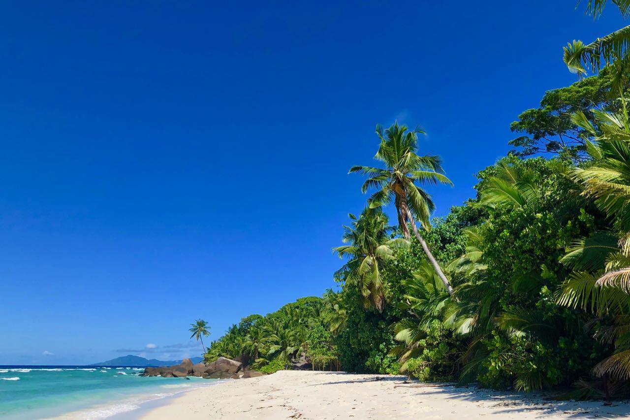 Presidential beach Hilton Seychelles Labriz Silhouette Island