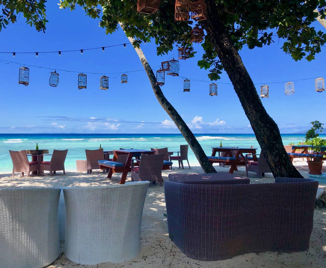 Beach bar Breakfast Hilton Seychelles Labriz Silhouette Island