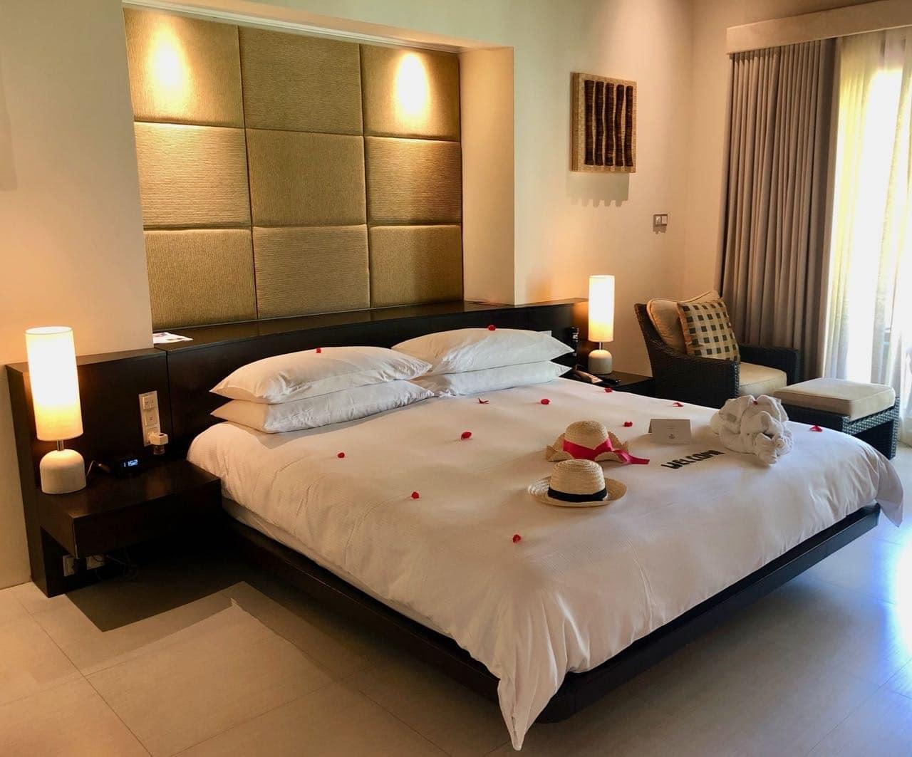 Bed King Garden Villa Hilton Seychelles Labriz Silhouette Island
