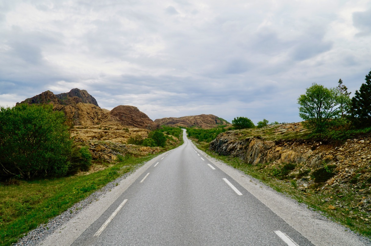 Road on Leka