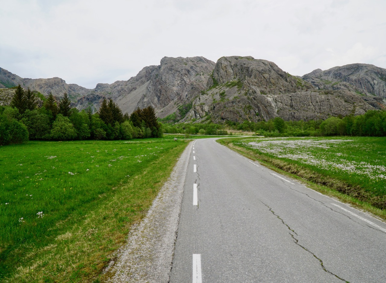 Biking on Leka