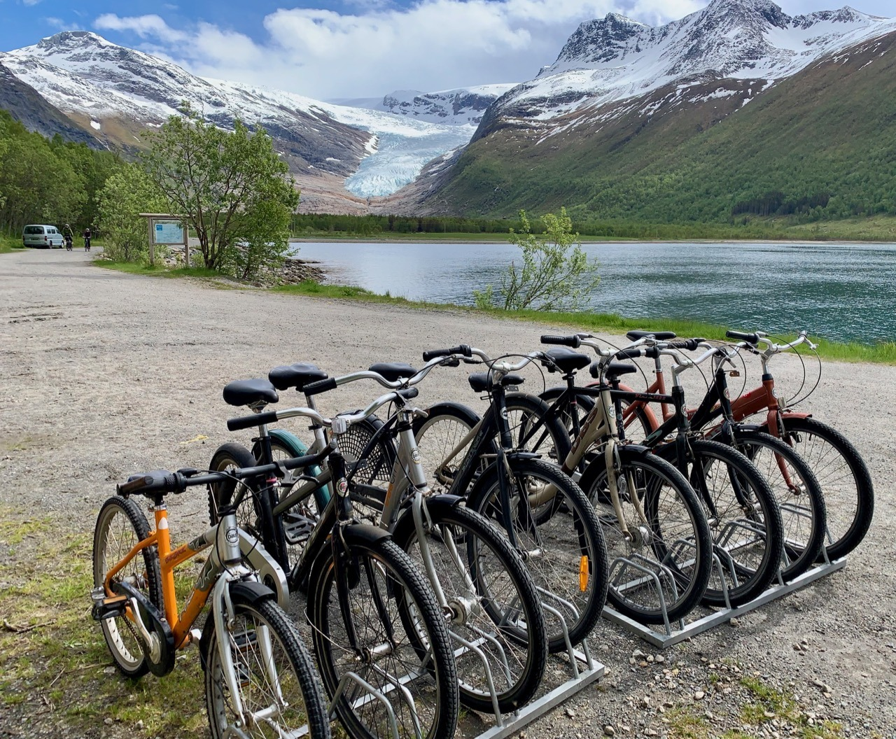 Bike rental Engabreen glacier dock
