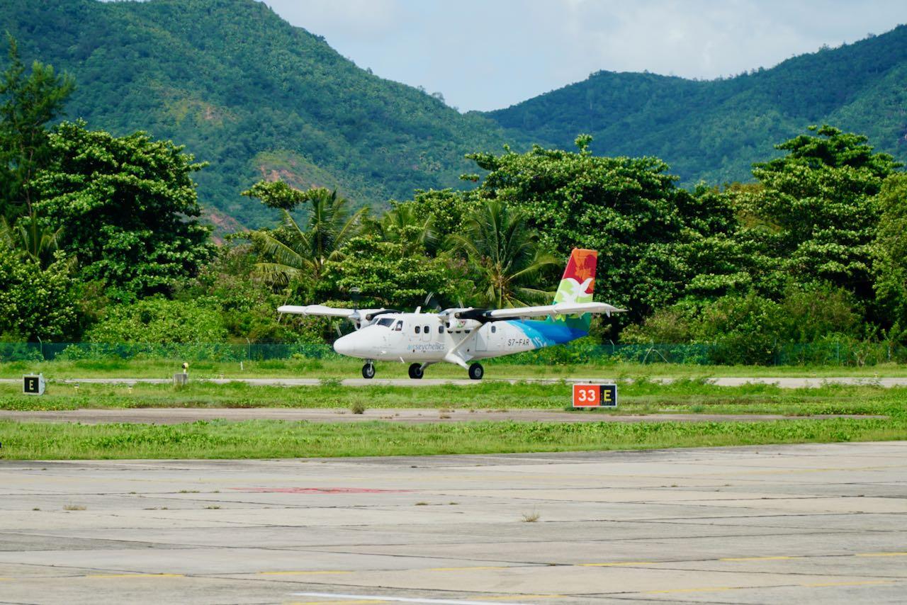 Review Air Seychelles Mahe Praslin Twin Otter