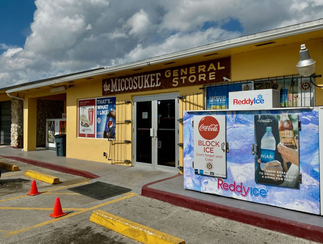 Miccosukee General Store and Gas Station 17 steder å stoppe langs Tamiami Trail/ U.S Highway 41
