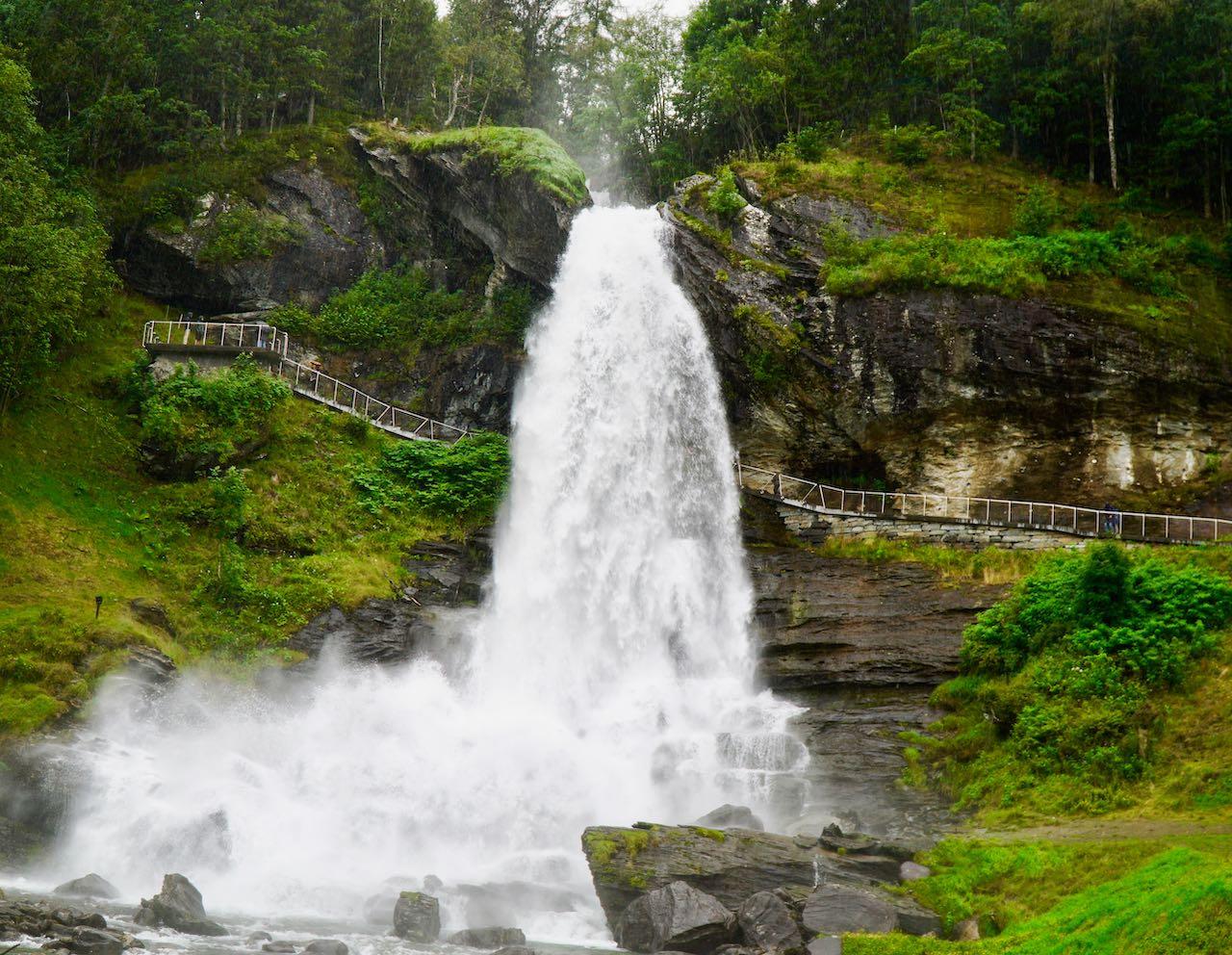 Steindalsfossen 33 travel tips Norway